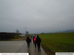 capodanno-nordic-walking-in-slovenia (11).jpg