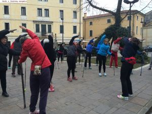 nordic_walking_stretching_energetico (10).jpg